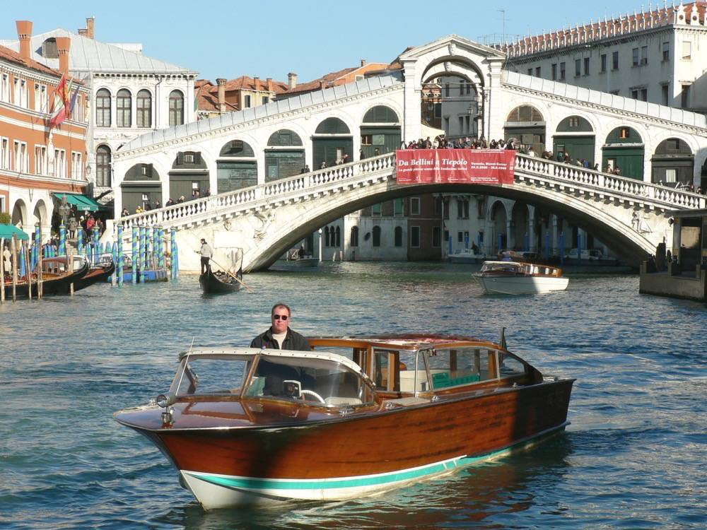 Venice Must-see and Must-do tour to experience Venice at 360-degree