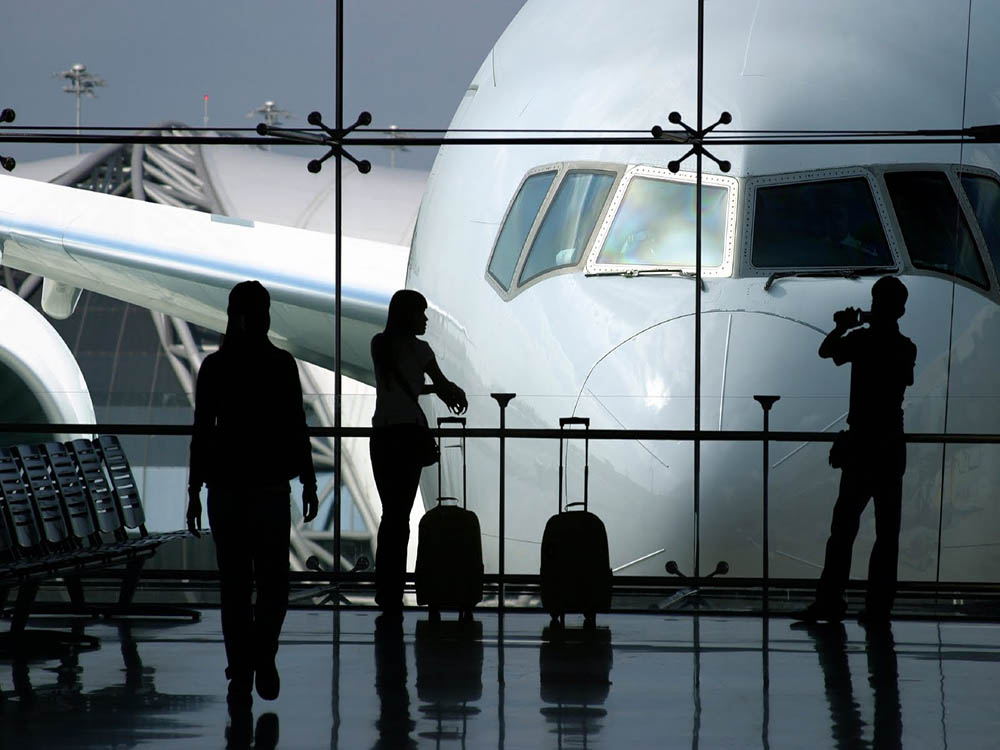 Book your transfer from your hotel to Venice Airport with Venice Guide and Boat