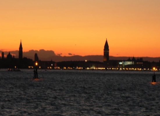 Book Bewitche by Venice to discover a mysterious Venice